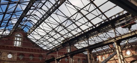 train platform roof inspection