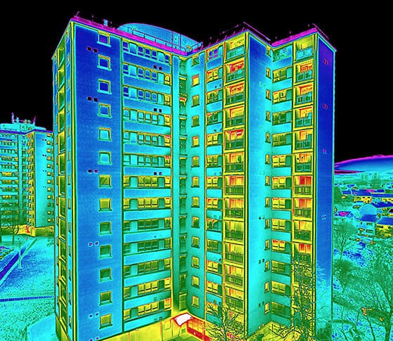 thermal imaging of a building structure
